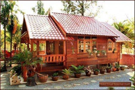 Principalmente em casas menores, a madeira tem menores custos no curto