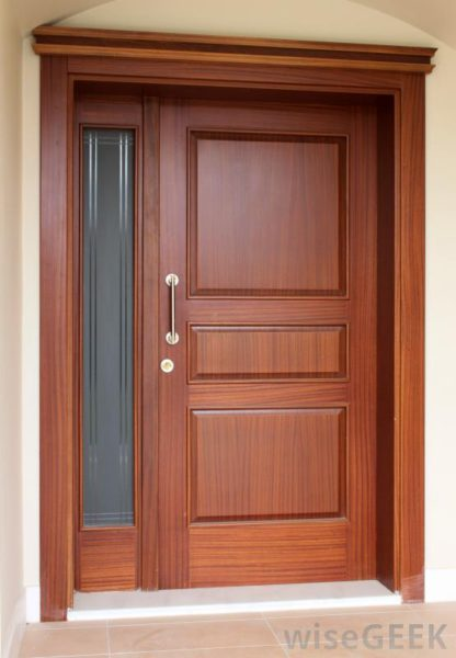 Como instalar batente de porta madeira ferro e alum nio for Types of wood doors are made of
